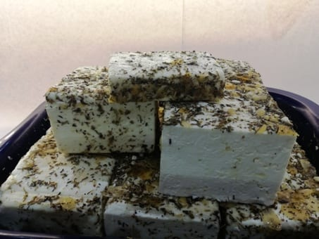 Schaf-Ziegen-Kraeuter-Kaese-1